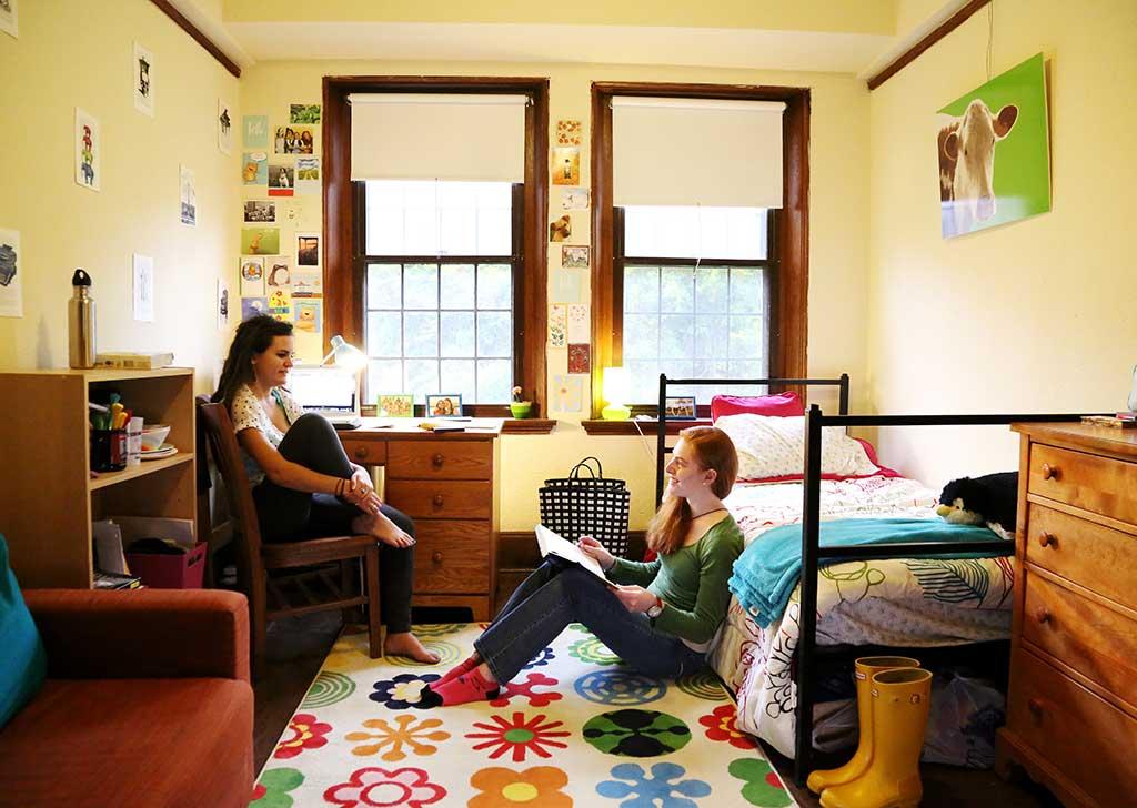 college dorm room vs living at home