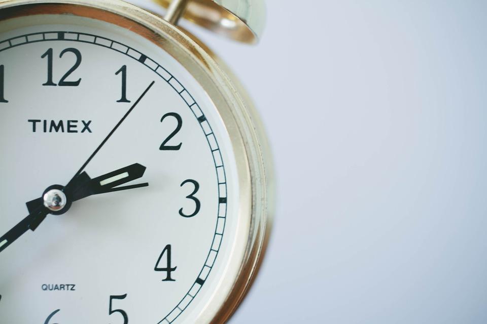 clock on time japan