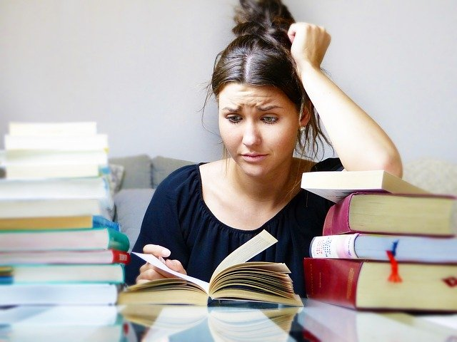 A girl studying.