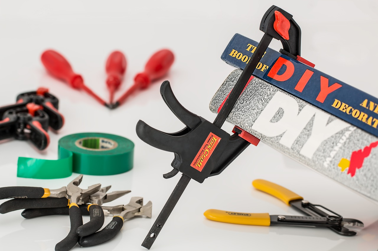 DIY tools, and books about DIY housework you will need prior to removing old antennas from your roof.