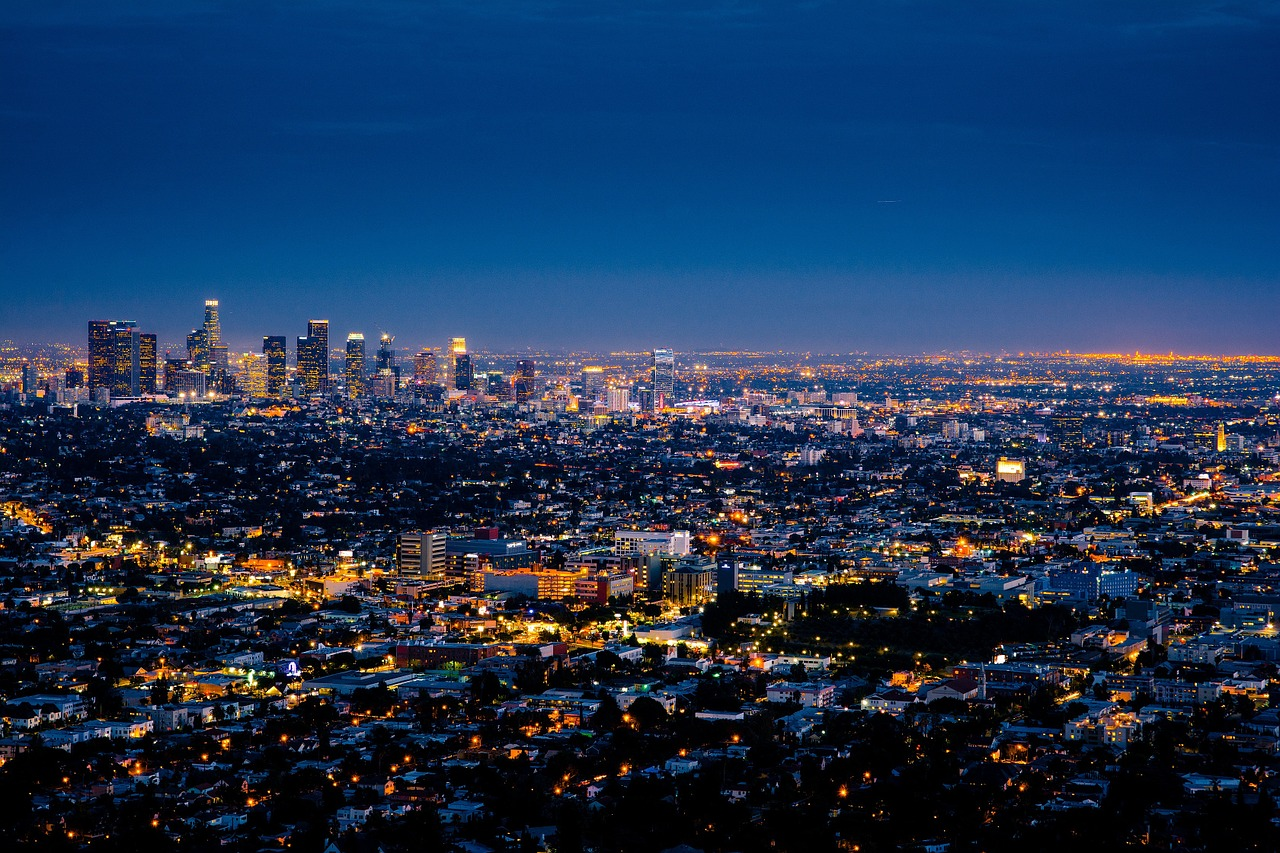Los Angeles as one of the reasons why students love the Golden State.