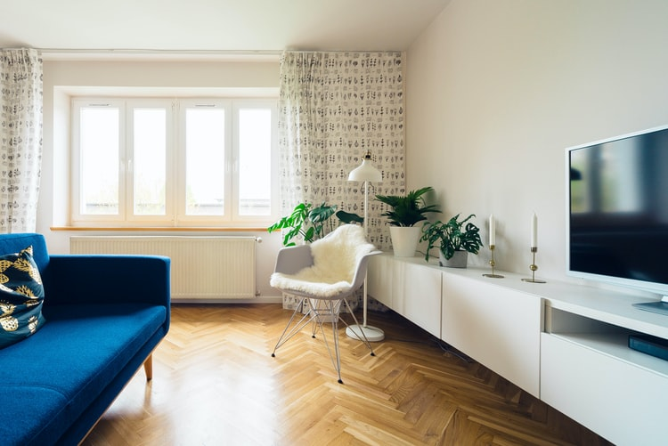 A beautiful apartment with natural light that you can rent when living alone.