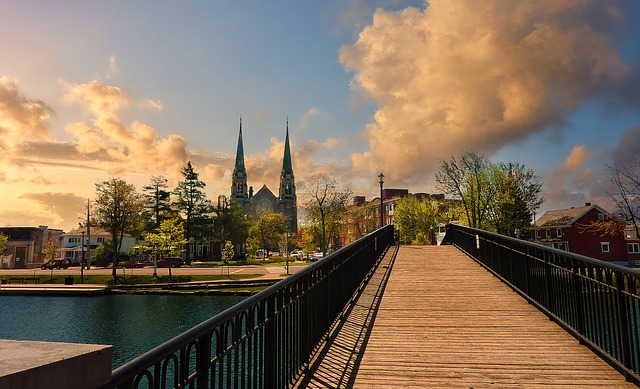 Ottawa - Make sure to have a guide for tenants in Ottawa when planning on moving to this city.