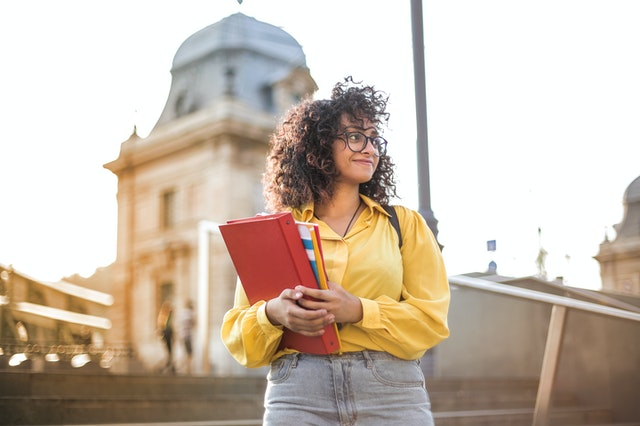 Pros And Cons: Being An Out-of-State College Student